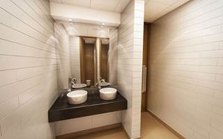 One-Aldgate-Targetspace-Bathroom.jpg